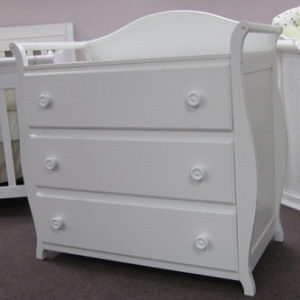 Dressers & Change Tables
